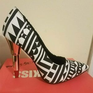 Shoes - Black and white lipstick heel